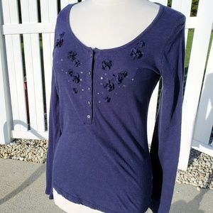 SO sparkle flowers Navy blue long sleeve top large